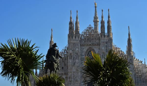 Provocerende palmen in Milaan