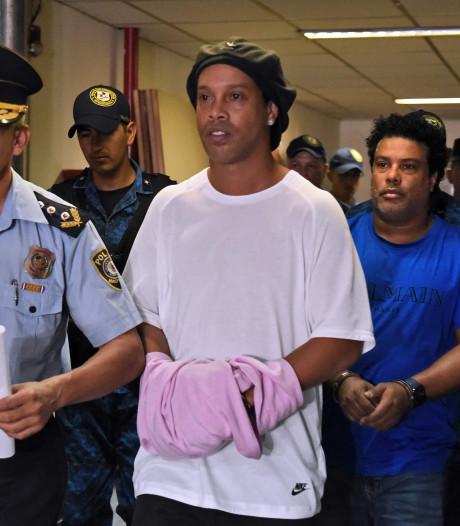 Emprisonné depuis plus d'un mois au Paraguay, Ronaldinho désormais assigné à résidence dans un hôtel
