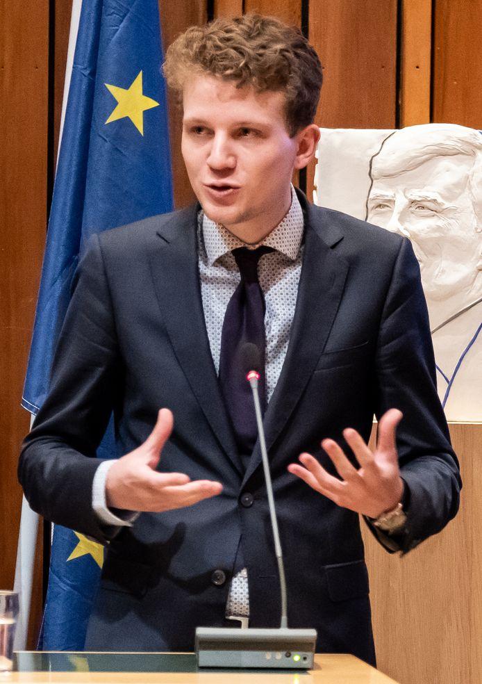 D66-fractievoorzitter Tyas  Bijlholt.