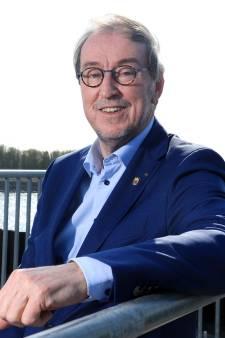 Oud-VRZ-voorzitter Lonink: 'Hugo de Jonge zet burgemeesters te kakken'