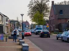 Toch weer tweerichtingsverkeer in stukje Dorpsstraat Sint Willebrord