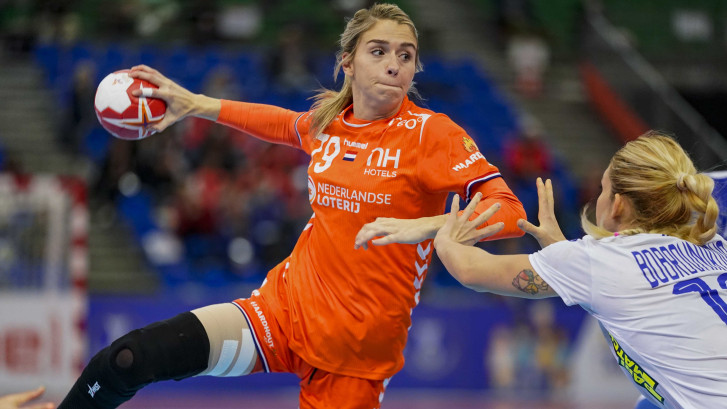 Oranje in WK-finale na zinderende wedstrijd tegen Rusland