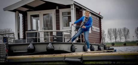 Coronavriendelijk kamperen in Maas en Waal, boekers zijn er vroeg bij: 'De waterkant staat vol'