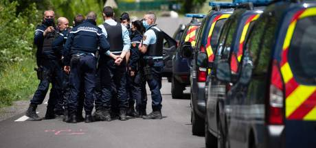 """Double meurtre des Cévennes: le tireur """"sans regrets"""" mis en examen pour """"assassinats"""" et écroué"""