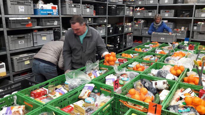 Pakketten voor de Voedselbank worden nu nog klaargemaakt op de voormalige gemeentewerf in Leersum.
