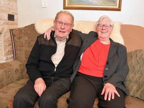 Briljanten huwelijkskoppel Gerard en Els is verknocht aan de Hulster binnenstad