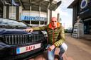 Club Brugge-supporter Rik Debrabandere noemde zijn hond Rafa en heeft een RAFA-nummerplaat.
