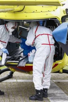 Besmettingen in Twente lopen weer op, geen opvang meer voor patiënt van buiten de regio in ziekenhuizen