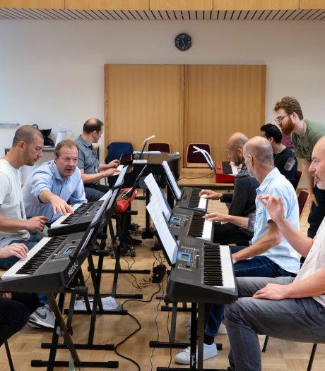 Piano leren spelen in één weekend in Bakel: 'In mijn droom ging alles goed'