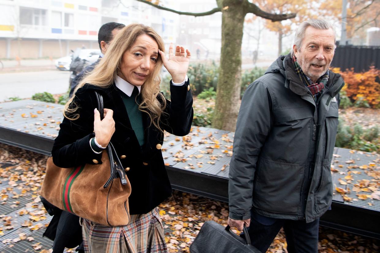 Aysel Erbudak en advocaat Cees Korvinus bij de rechtbank in 2019. Beeld ANP
