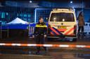 Agenten schoten bij De Nederlandsche Bank in Amsterdam een 31-jarige Amsterdammer neer.