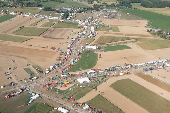 Een luchtbeeld van het 120 hectare grote terrein op de kouters van Heurne