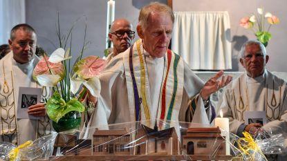 Vlassenbroek viert 35 jaar pastoor Roger Van den Berge