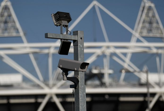 Een beveiligingscamera in Londen. Foto ter illustratie.