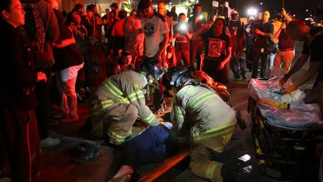Politie rijdt demonstrante aan tijdens protestmars tegen dood ongewapende zwarte Amerikaan