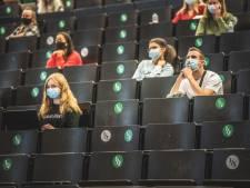 """Academiejaar start gemaskerd: """"Wij willen er ook vanaf"""""""