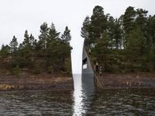 Une plaie dans l'île d'Utoya en mémoire des victimes de Breivik