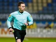 Na lof als scheidsrechter ervaart Laurens Gerrets als VAR nu ook tegenwind: 'Ik ben er twee dagen ziek van geweest'