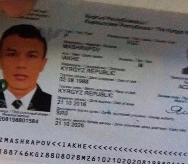 Iakhe Mashrapov weet niet hoe de foto van zijn paspoort op de sociale media is terechtgekomen. Beeld rv