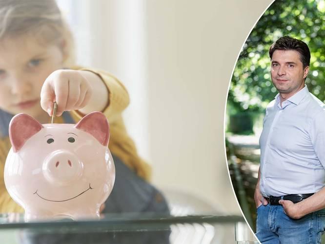 """Geldexpert Michaël Van Droogenbroeck leert jongeren slim omgaan met geld: """"Zeven jaarlonen nodig voor zorgeloze oude dag"""""""
