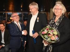 Oud-wethouder Bocholt onderscheiden door Nederlandse koning