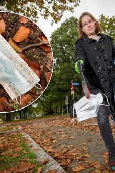 Schadelijke 'zwerfkapjes' duiken op in straten en bossen in Oost-Nederland: 'Gooi ze in de vuilnisbak'