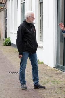 Leo uit Zierikzee bezoekt eenzame ouderen: 'Geen contact hebben is voor veel mensen ondraaglijk'