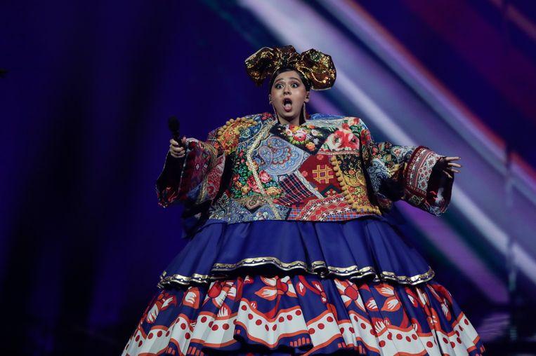 De Russische Manizha in de rijdende jurk tijdens haar optreden bij de halve finale. Beeld AP