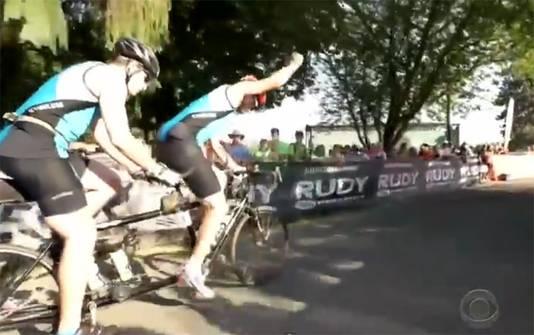 Andy Cooper (voorop) en Scott Smiley op de tandem.