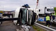 Truckergekanteldinstaartvanfile