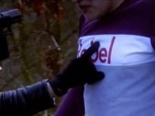 Straatrovers slaan twee keer toe in Vlijmen: 'Ze dreigden mijn knieschijf kapot te schieten'