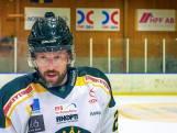 Staf Coppens maakt zijn debuut op het ijs maar dat loopt minder vlot dan verwacht