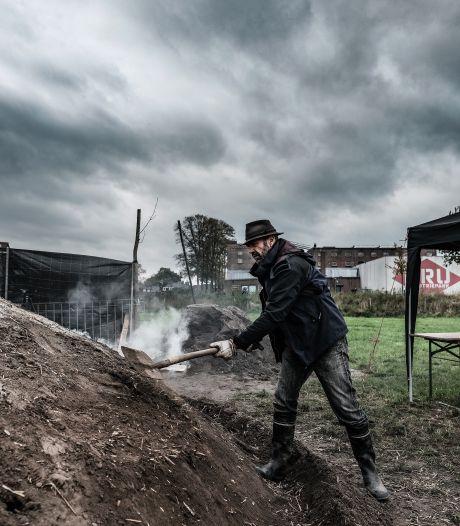 Oude tijden herleven bij de DRU, een ode aan de vergeten houtskoolmakers