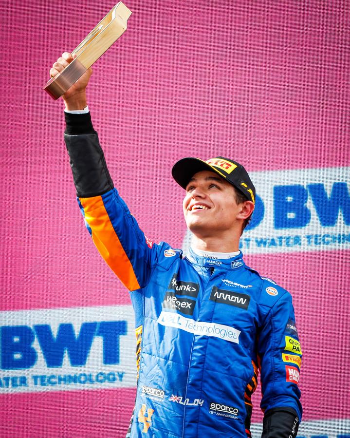 Lando Norris eindigde acht dagen geleden nog derde in de F1-race van Oostenrijk, na Verstappen en Bottas.