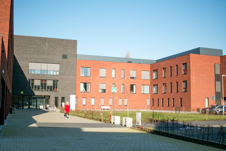 Woonzorgcentrum De Kroon sluit tot 19 april de deuren voor bezoekers.