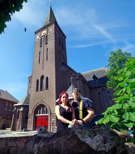Bewoners Theresiakerk Moerstraten vechten dwangsommen aan