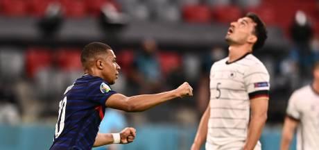 Frankrijk deelt Duitsland dankzij knullige eigen goal dreun uit in Groep des Doods