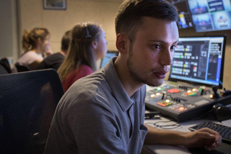Edward Kryzkanivski, verslaggever 24TV. Beeld Jeroen de Bakker