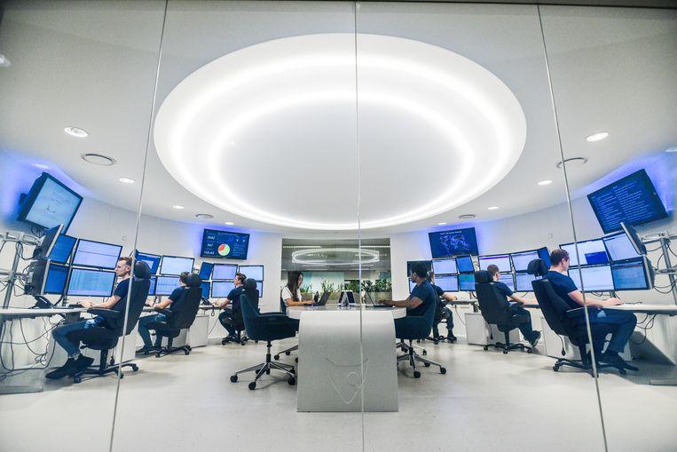 Minister Stef Blok bezoekt cybersecuritybedrijf Fox-IT in 2019. Beeld Hollandse Hoogte / Peter Hilz