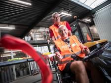Gehandicapte Martijn ruimt zwerfafval op: 'Hoop dat ik een goed voorbeeld laat zien'