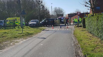 Drie personen naar ziekenhuis gebracht na stevige botsing op kruispunt in Ettelgem