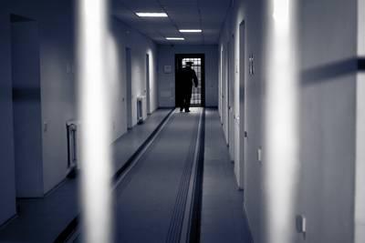 Molenschots stel dat kinderen 'uithongerde' moet in de cel blijven
