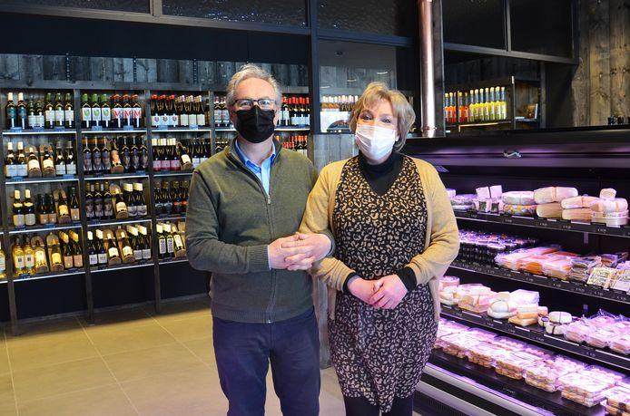 Hilde en Ignace van de H2i Foodmarket in Voorde (Ninove).