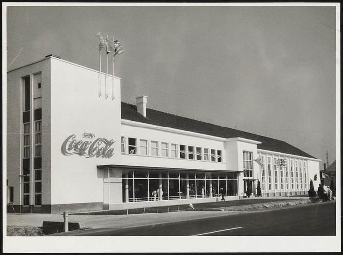Het voormalige gebouw van Coca-Cola.