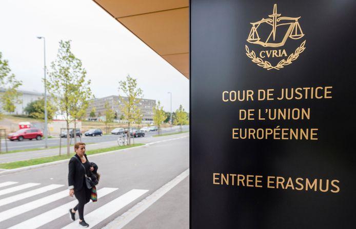 """La Cour de Justice de l'Union européenne a confirmé, dans un arrêt rendu jeudi, que le système belge d'exonération des bénéfices excédentaires des firmes belges intégrées dans des multinationales (""""excess profit rulings"""") constituait un régime d'aides d'État"""