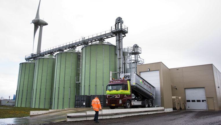 De Oliemolen in Harlingen, waar koolzaad uitgeperst wordt, voor consumptie maar ook voor de productie van bio-diesel Beeld anp