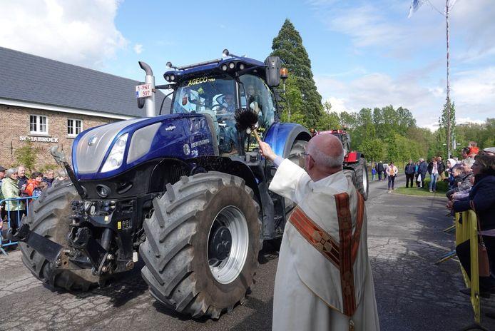 Zondag  vond in Sint-Truiden de bloesemzegening plaats