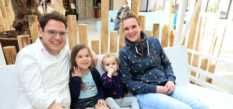 Verplichte test of niet: zwemmen bij Roompot in Nieuwvliet is een ontsnapping