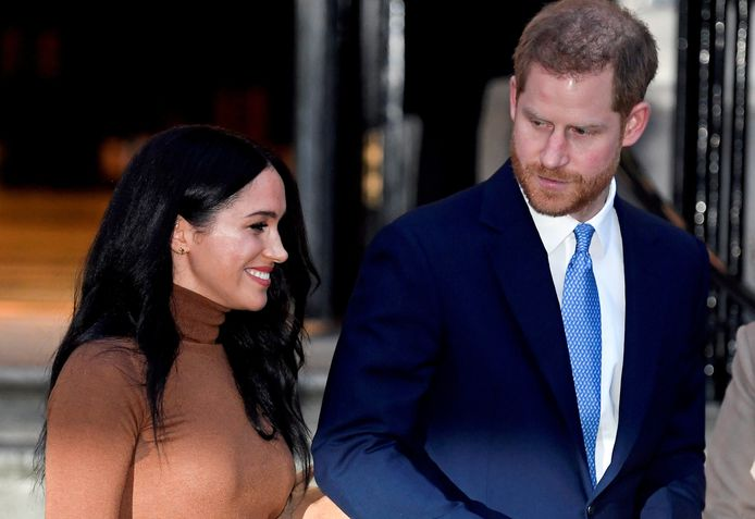 Hangen er weer donkere wolken in de lucht tussen prins Harry (36) en Meghan Markle (39) en de rest van de Britse koninklijke familie?