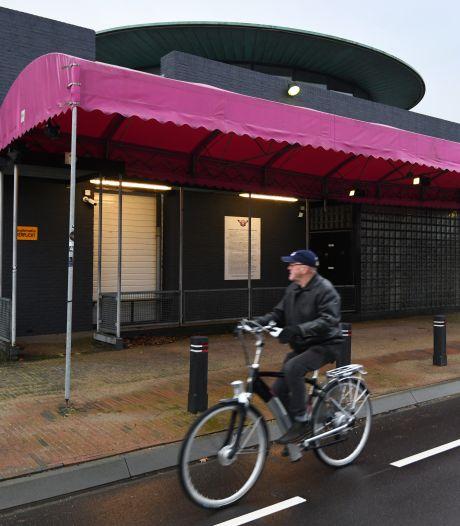 Club Rodenburg krijgt tóch drank- en horecavergunning: 'Ik heb tranen in mijn ogen staan'